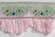 Jacquard ribbon with scalloped fringe - lt dusty rose/blue