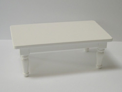 Shabby chic coffee table - white