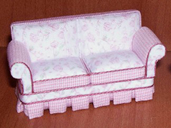 24th scale shabby chic pink sofa
