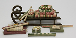 Traditional wooden sledge with Christmas presents (kit)