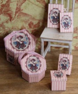 Christmas hat boxes - pink (kit)